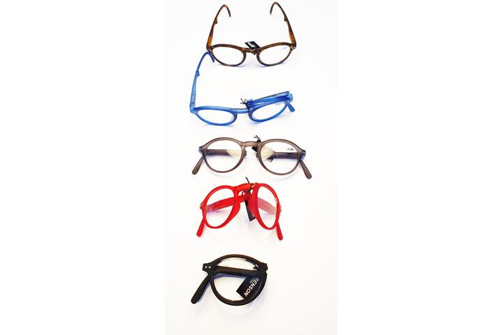 Foldbare læsebriller i farver der matcher de fleste outfit.8