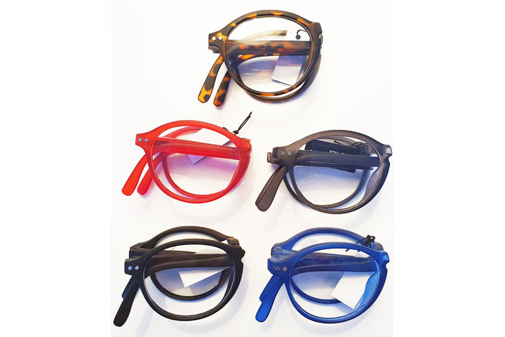 Foldbare læsebriller i farver der matcher de fleste outfit.9