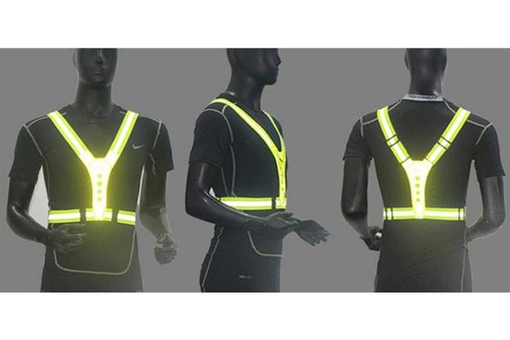 Den højest effektive refleksvest med LED-lys kommer i en flot neon grøn-farve4
