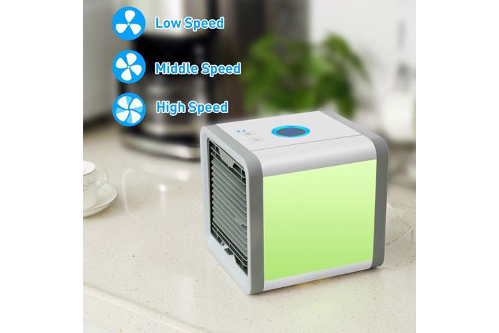 Mini Air Cooler, der køler luften ved hjælp af vanddamp6