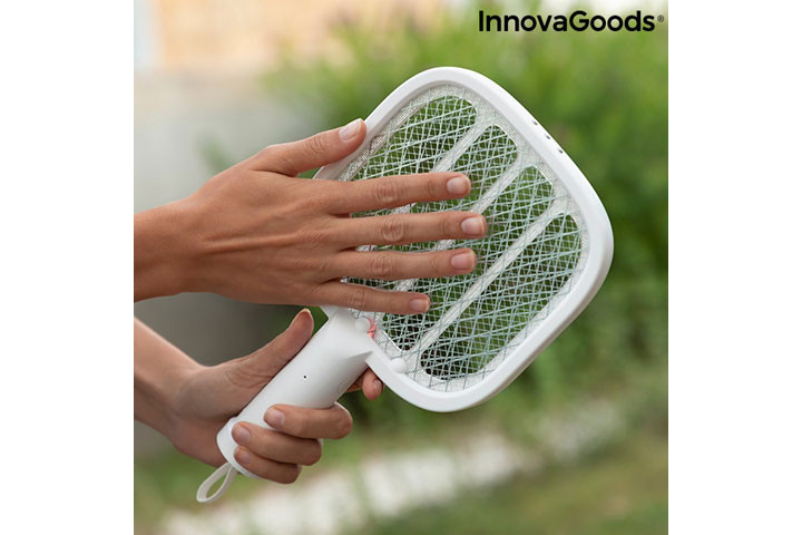 Den myggeafvisende lampe har også en insektdræbende funktion5