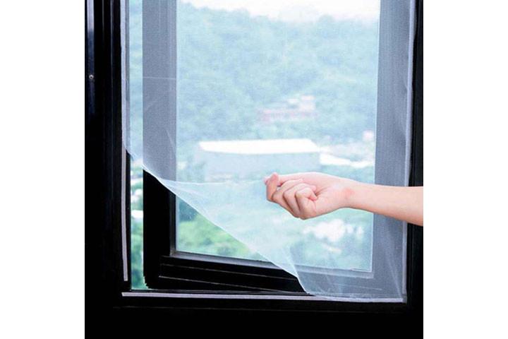 2 stk. myggenet til vinduerne der nemt påføres med det medfølgende velcrobånd5