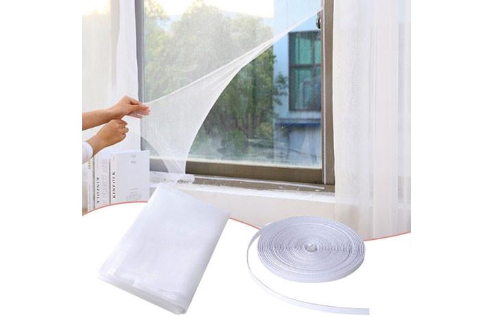 2 stk. myggenet til vinduerne der nemt påføres med det medfølgende velcrobånd6