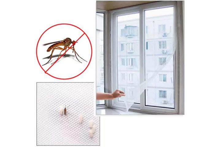 2 stk. myggenet til vinduerne der nemt påføres med det medfølgende velcrobånd8