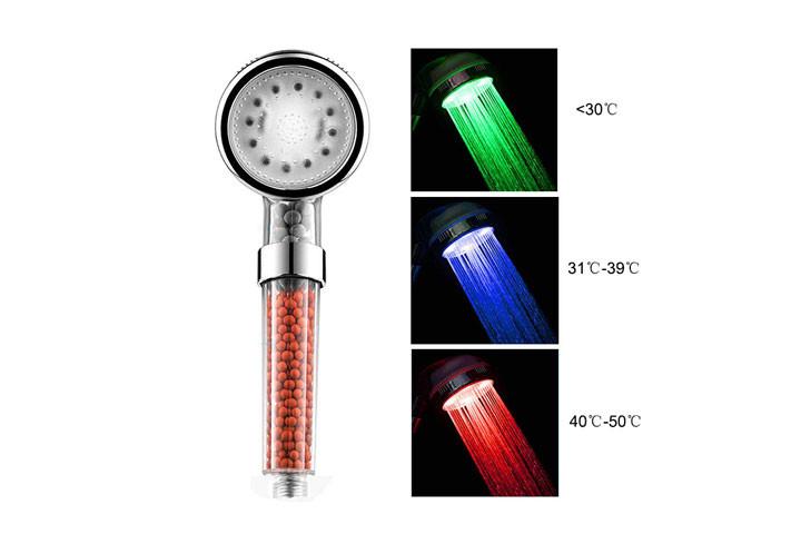Brusehovede med skiftende lys alt efter vand temperaturen3