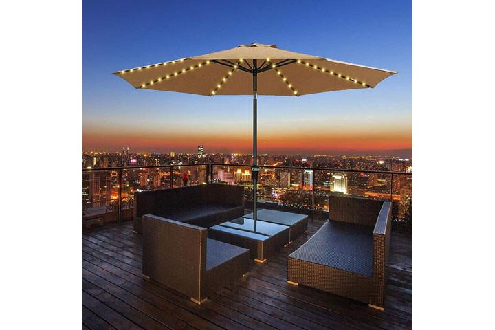 Lyskæden oplades på solens varme stråler og er rigtig god til udendørs brug4