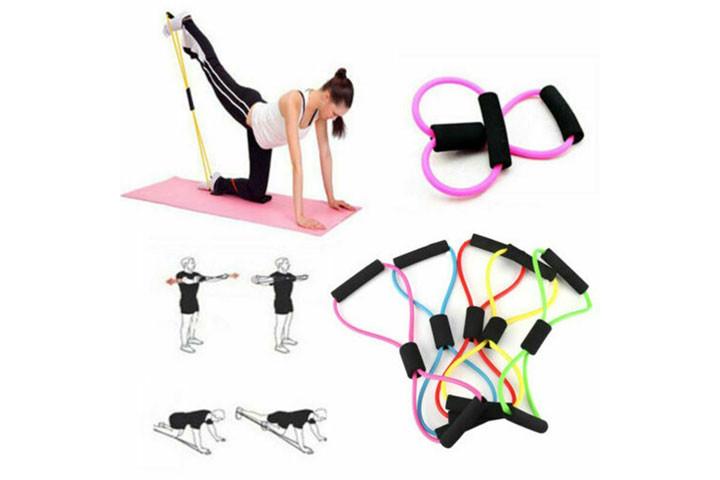 Træningselastikkerne har smarte håndtag, der udfordrer og styrker hele din krop.7