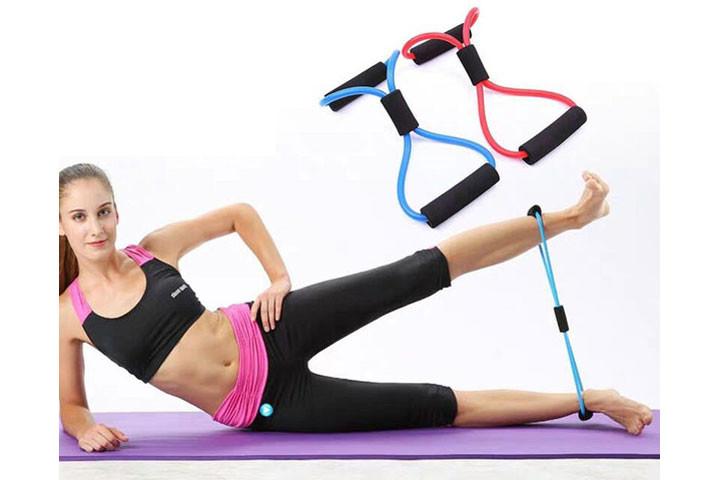 Træningselastikkerne har smarte håndtag, der udfordrer og styrker hele din krop.1