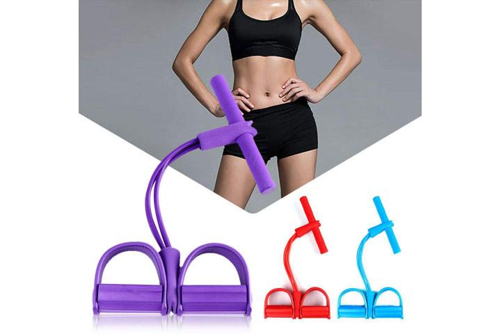 Træningselastikken har både håndtag og fodstøtte, der sikrer dig optimalt udbytte af din træning5