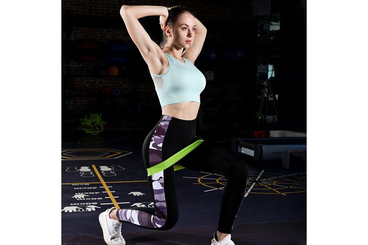 Bliv stærkere og kom nemt i god form derhjemme med disse træningselastikker9