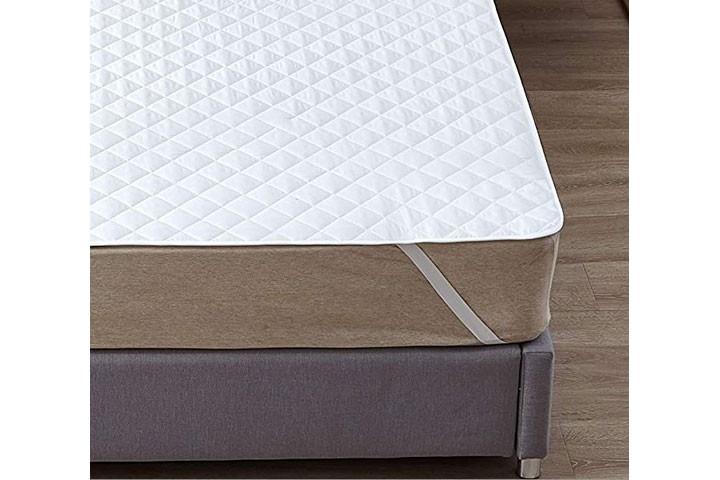 Pas godt på din madras med en vandtæt rullemadras 3