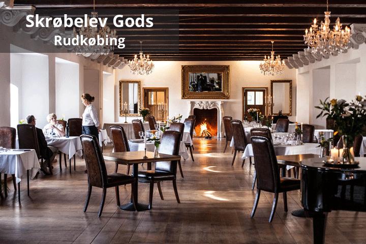 1 overnatning for 2 personer på romantiske Skrøbelev Gods inkl. 2-retters menu samt lækker morgenbuffet!
