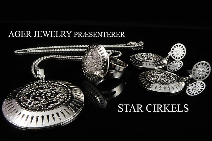 Image of Stilfuldt smykkesæt i stål bestående af 4 dele